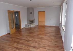 Salzlandkreis, Sachsen-Anhalt, Deutschland, 11 Rooms Rooms,Wohn- und Geschäftshaus,Kaufen,1036