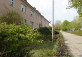 Strenzfelder Allee, Bernburg, Salzlandkreis, Sachsen-Anhalt, Deutschland 06406, 3 Rooms Rooms,3-Raum-Wohnung,Mieten,Strenzfelder Allee,1049
