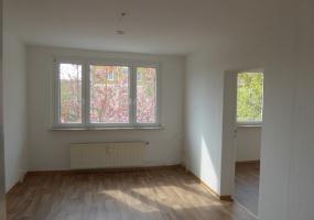 Kastanienweg, Bernburg, Salzlandkreis, Sachsen-Anhalt, Deutschland 06406, 2 Rooms Rooms,2-Raum-Wohnung,Mieten,Kastanienweg,1051