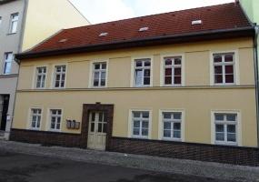 Bernburg, Salzlandkreis, Sachsen-Anhalt, Deutschland 06406, 5 Rooms Rooms,Mehrfamilienhaus,Kaufen,1002