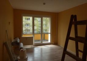 Kastanienweg, Bernburg, Salzlandkreis, Sachsen-Anhalt, Deutschland 06406, 2 Rooms Rooms,3-Raum-Wohnung,Mieten,Kastanienweg,1058